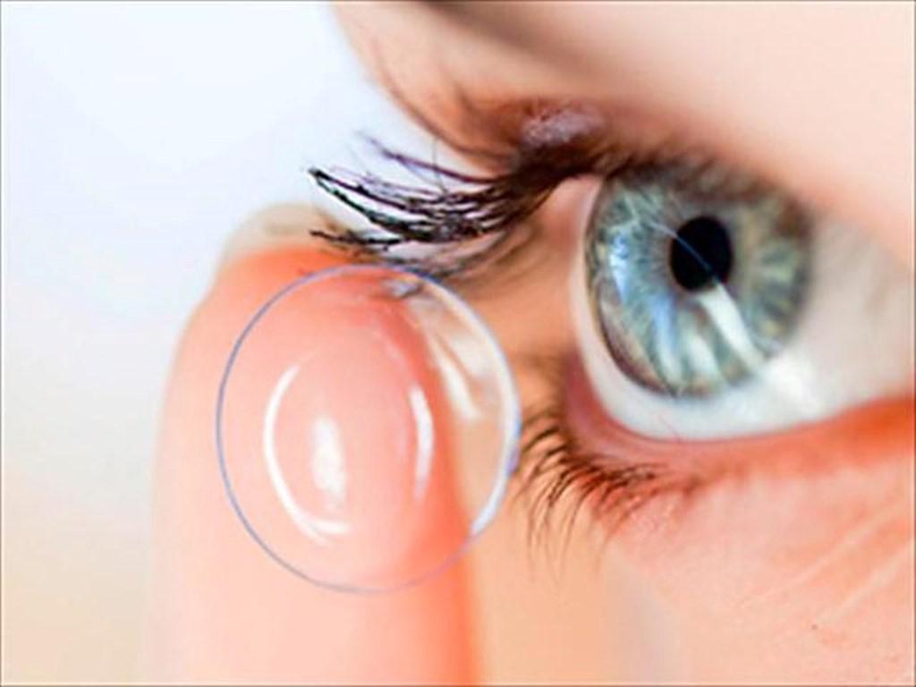 foto de lentes de contacto en cuantocuesta.info