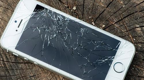 cuanto cuesta reparar la pantalla del iphone 5