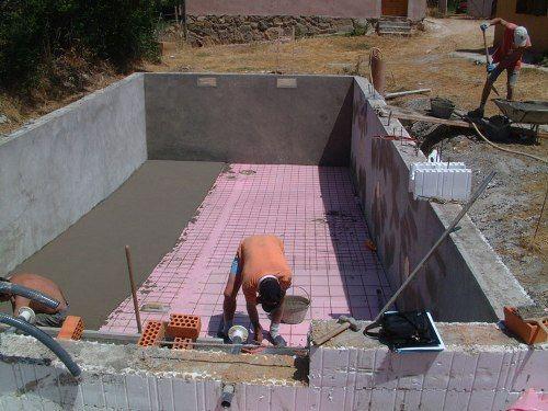 Cu nto cuesta hacer una piscina peque a for Precio para construir una piscina
