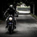 ¿Cuánto cuesta el carnet de moto? Todos los detalles aquí.