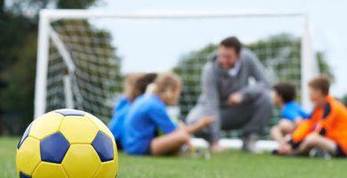 ¿Cuánto cuesta conseguir trabajo de entrenador de futbol?
